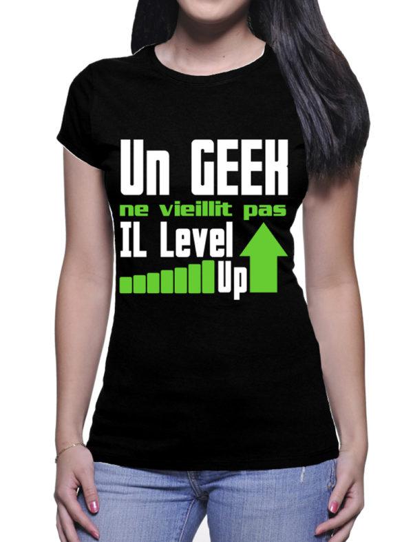 un-geek-ne-veillit-pas-couleur-noir-